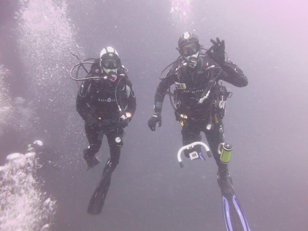 Cora und Markus unter Wasser © Monika Diel