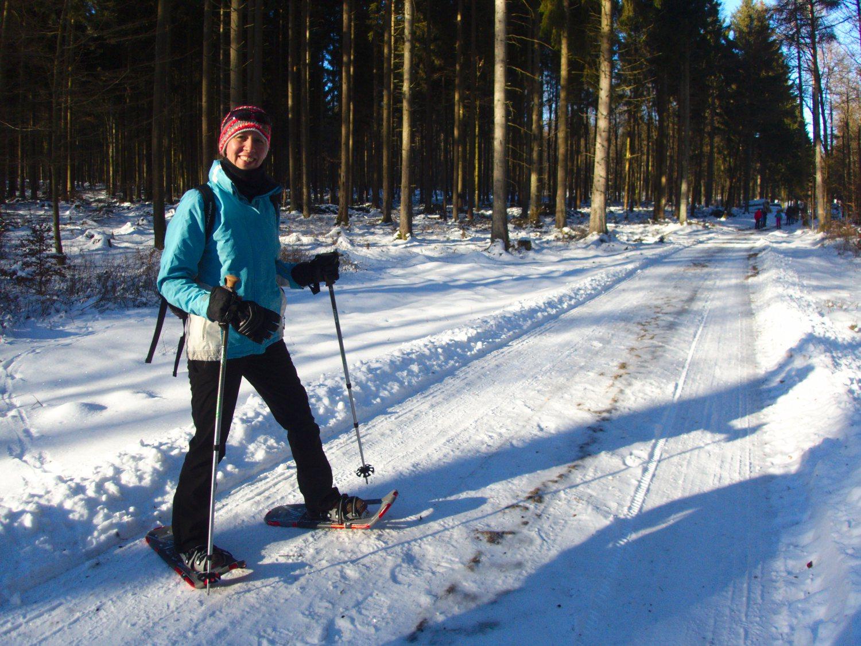 Unterwegs mit Schneeschuhen bei Reinsfeld © Cora Berger | greenshapedheart.de