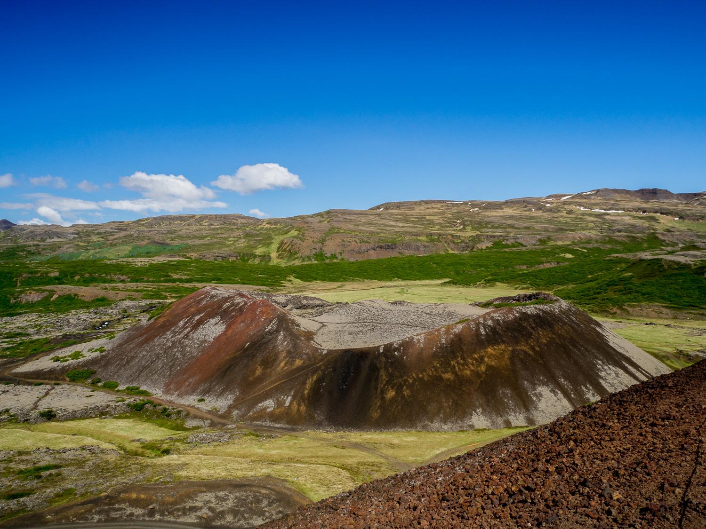 Vulkankrater entlang der Ringstraße Island