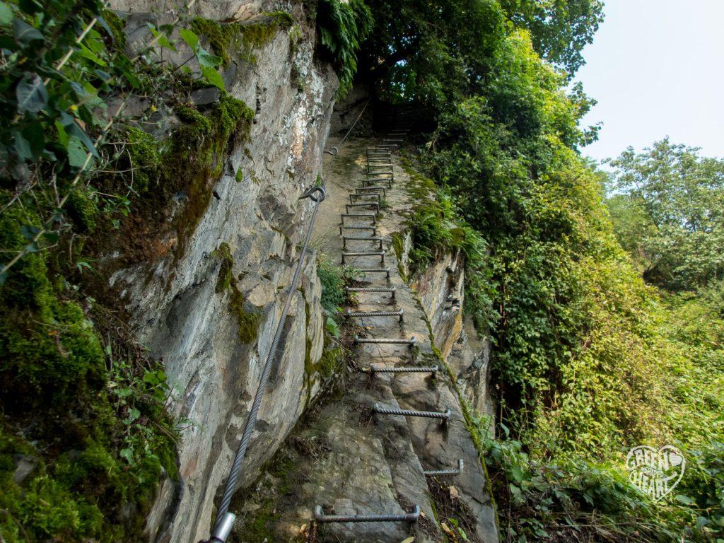Steil bergauf am Mittelrhein-Klettersteig © Cora Berger | greenshapedheart.de