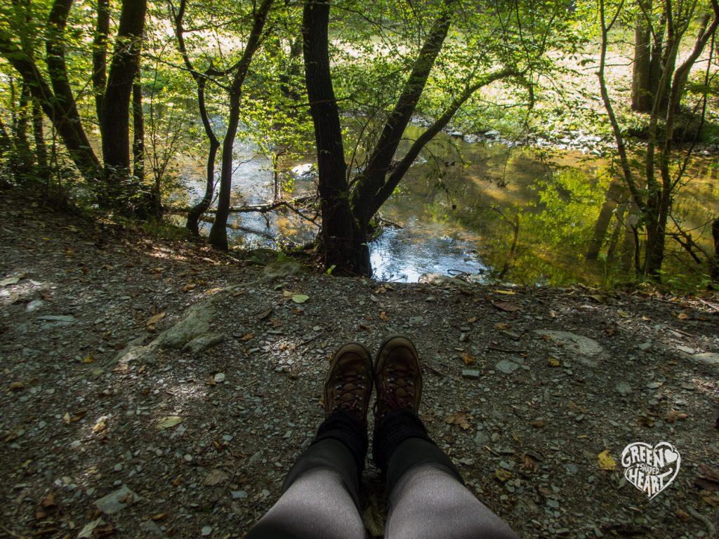 Pause im Hahnebachtal © Cora Berger | greenshapedheart.de