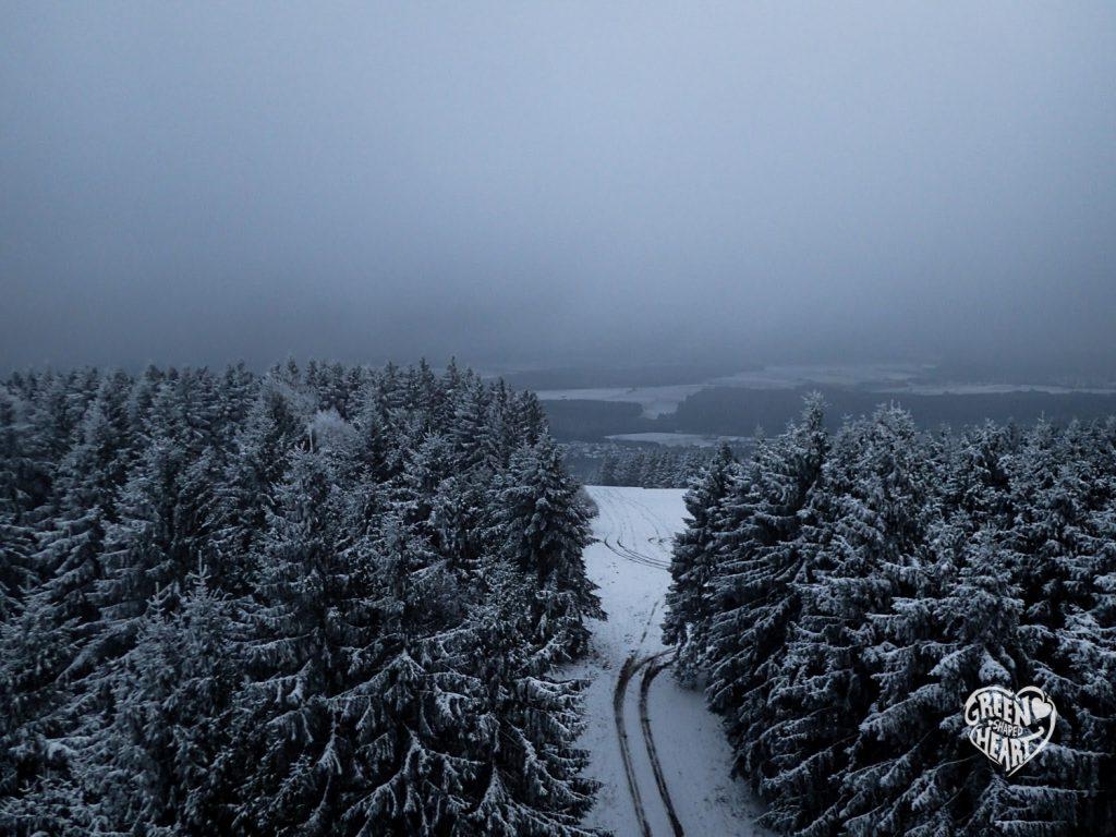 Schneelandschaft auf dem Idarkopf © Cora Berger | greenshapedheart.de