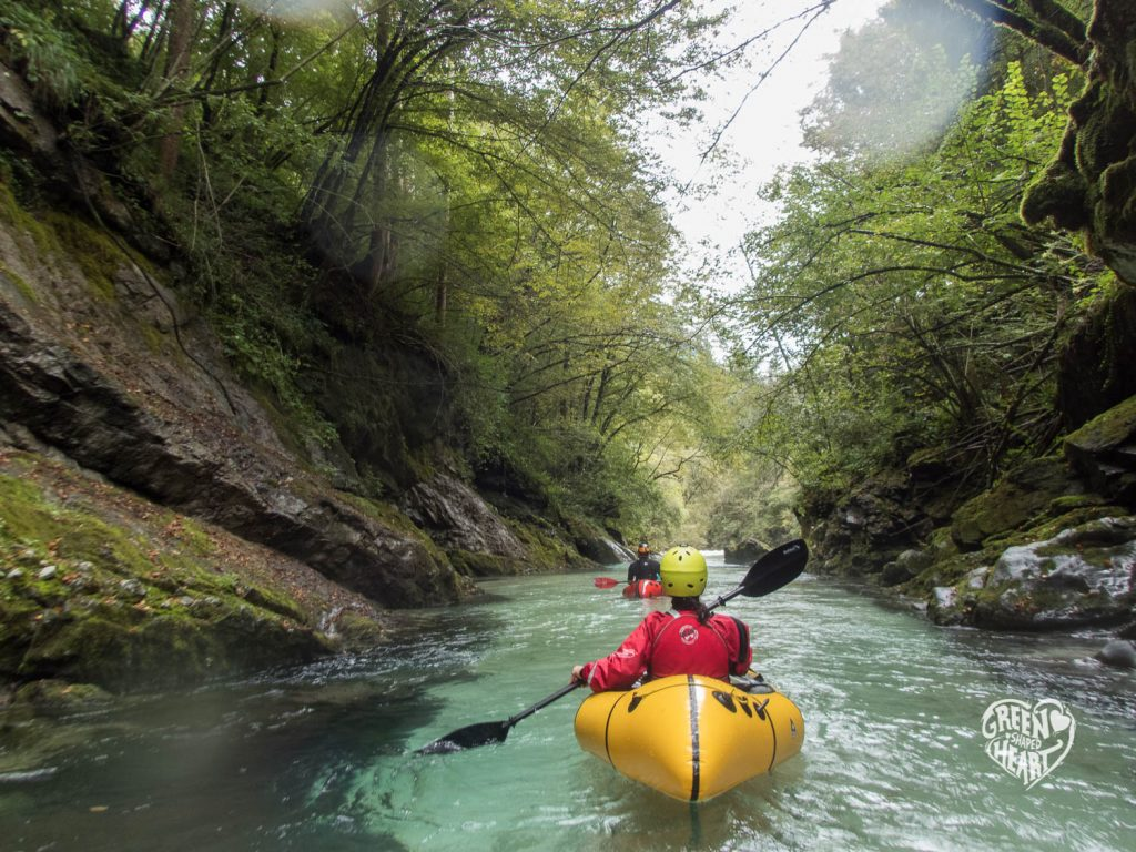 Packrafting in der Koritnica © Cora Berger | Green Shaped Heart