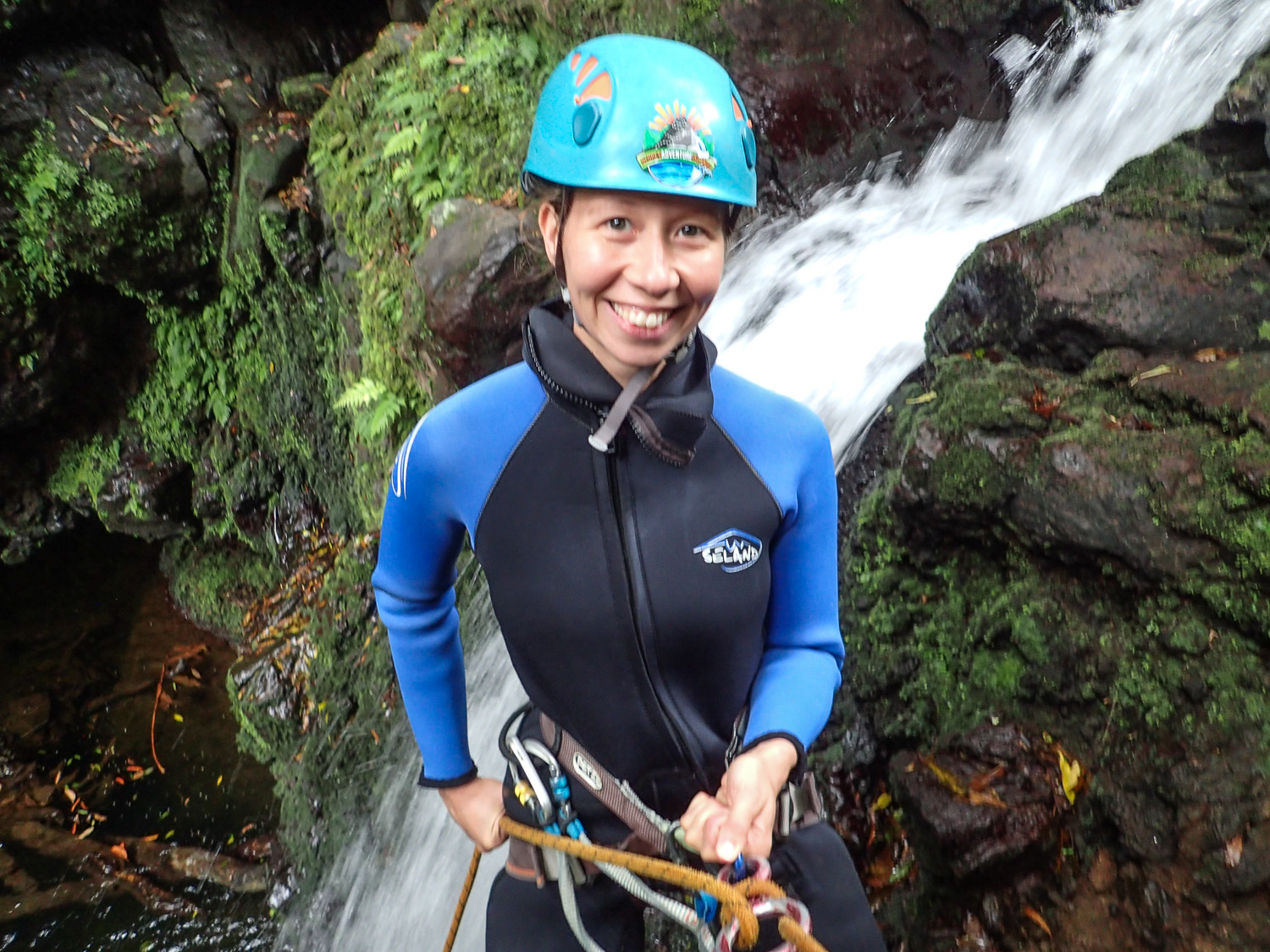 Rapel while canyoning on Sao Miguel © Azores Adventure Islands